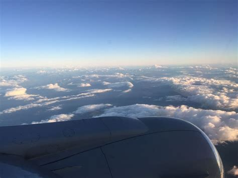 review of air transat flight from calgary to vancouver in