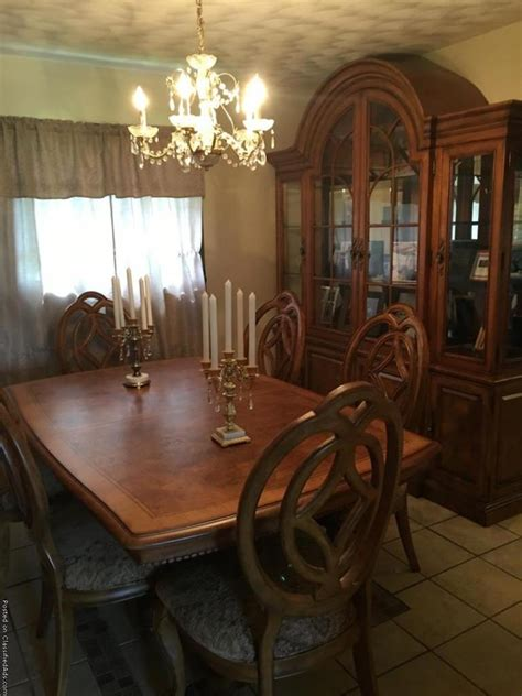 Thomasville Dining Sets  For Sale Classifieds. Horse Wall Decor. One Room Air Conditioners. Decorative Shelves. Pool Room Accessories. Fake Brick Wall Decoration. Navy Blue Kitchen Decor. Hotels With Jacuzzi In Room Louisville Ky. Cabin Living Room