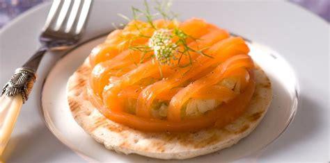 comment cuisiner du saumon 120 recettes de noël au saumon femme actuelle