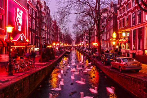 Amsterdam Red Light District: Top Tours & Tickets 2018 (with Photos) - Amsterdam, Netherlands ...