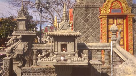 temple buddhist cambodian dallas structures different