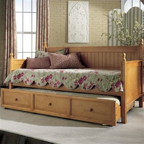 daybeds for wood daybed in honey maple b5xc53