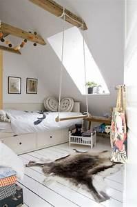 Kleines Kinderzimmer Ideen : kleines kinderzimmer dachfenster haus dachgeschoss pinterest kinderzimmer kinder ~ Orissabook.com Haus und Dekorationen