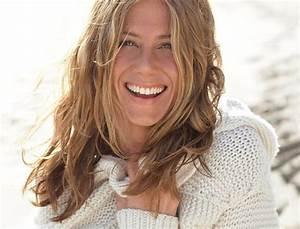 Jennifer Aniston gossip, latest news, photos, and video