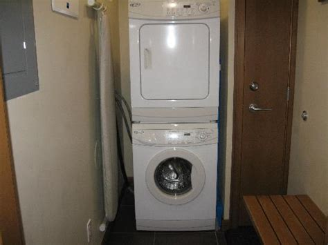 lave linge et s 232 che linge 224 usage personnel photo de the sutton place hotel revelstoke