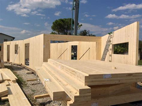 vendita  case  legno realizzate dalla zanutta bioedilizia