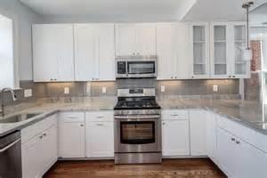 backsplash with white kitchen cabinets kitchen tile backsplash pictures white cabinets home design ideas