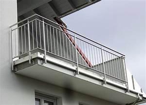 Treppen Handlauf Vorschriften : kliegl treppenbaugel nder absturzsicherungen f r balkone kliegl treppenbau ~ Markanthonyermac.com Haus und Dekorationen