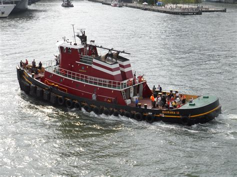 Tugboat Deck by Nyc Tugboat Race 2012 D Tugster A Waterblog