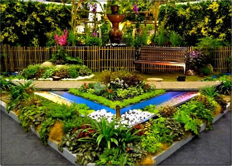 flower side table small garden ideas on a budget 2016