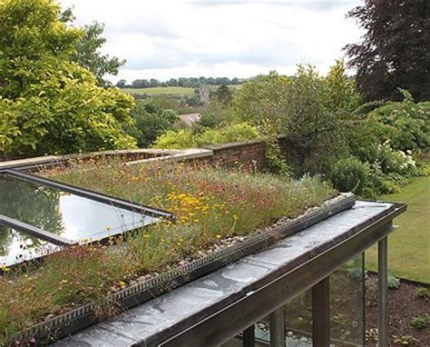Kingsbury Croft by Designscape Architects // Green Roof