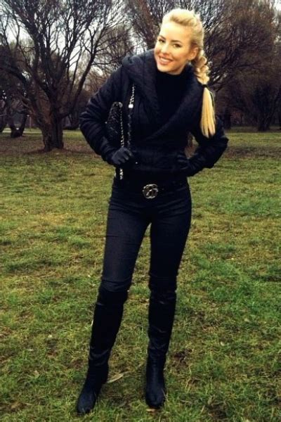 Chips meet the new guy casting rod unique dating places in manila male dating profile examples ukzn learn email basics flirting with a girl over examples of emoji text art copy and paste