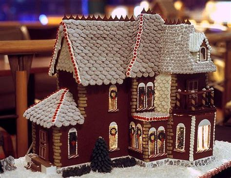 awesome gingerbread houses gingerbread house now that s just awesome pinterest