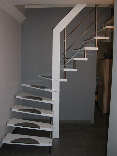 peinture pour escalier en bois castorama maison design bahbe