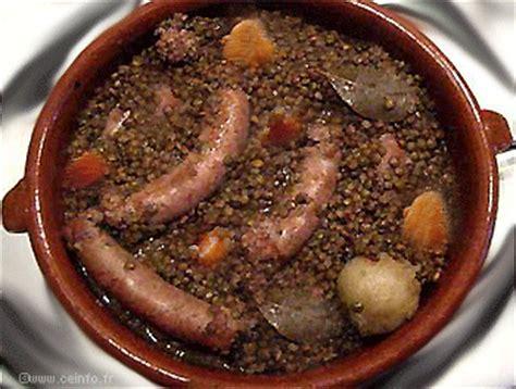 cuisiner saucisse de toulouse saucisse de toulouse aux lentilles les légumes cuisinés
