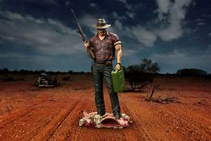 Wolf Creek Mick Taylor Limited Edition 12quot Statue Ikon