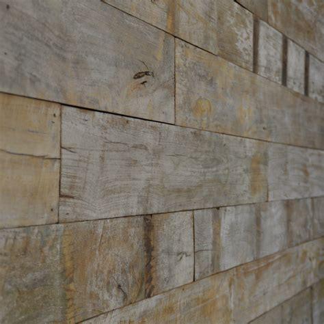 chambre avec lambris bois bardage et lambris bois naturel intérieur