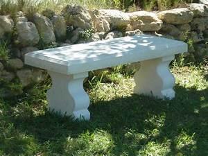 Banc blanc de jardin en pierre reconstituee luckyfind for Banc en pierre pour jardin
