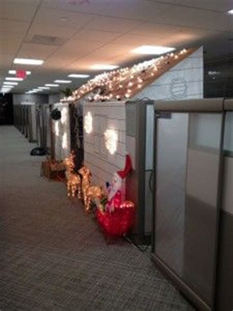 cubicle christmas office decorating contest