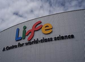 File:Life Science Centre, Centre for Life, Newcastle upon ...