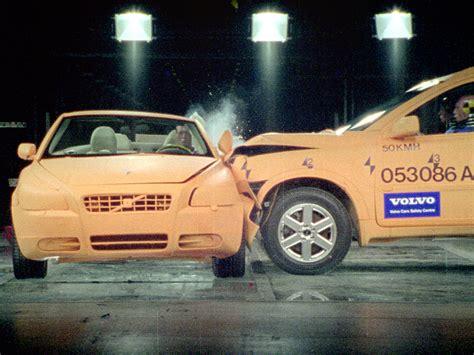 crash test si鑒e auto car crash smart car crash test 70 mph
