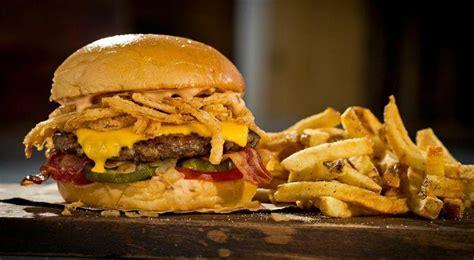 ¿y cómo celebrar como el 'día internacional de la hamburguesa'? Día de la Hamburguesa: cuál es su origen y por qué se celebra HOY 28 de mayo | FOTOS | La República