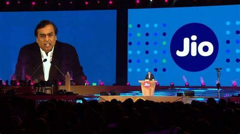 reliance jio now offers 4 5 gb data per day for rs 299