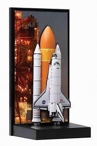 Dragon Space 1/400 Space Shuttle Discovery with Solid ...