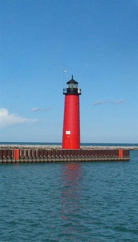 kenosha pier light kenosha pierhead light wi shipwrecks
