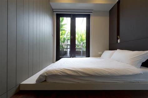 9 Simple And Stylish Platform Beds