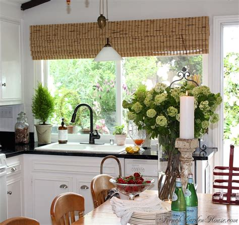 Paint Your Kitchen by Paint Your Kitchen Counters