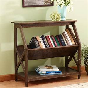 Built-with-a-tilt Book Nook Bookcase Woodworking Plan from