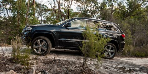 overland jeep cherokee 2016 jeep grand cherokee overland review caradvice