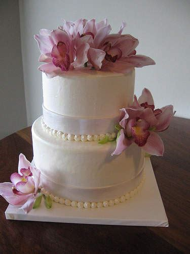 small wedding cakes small square wedding cakes ideas small square wedding cakes pictures food and drink