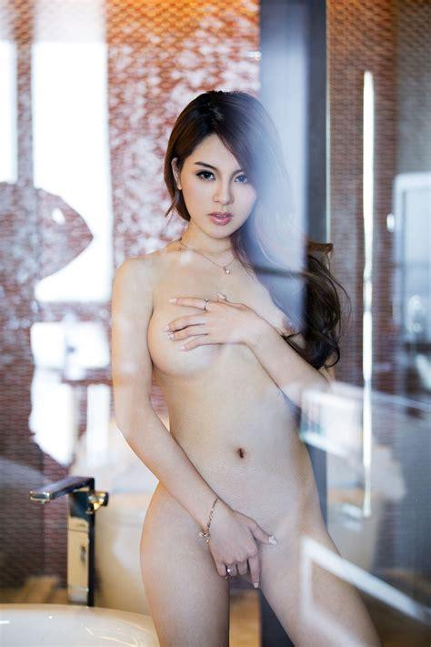 Asian Sirens Zhao Wei Yi