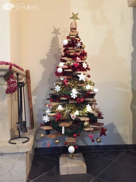 20 eye catching wood pallet christmas tree that you will