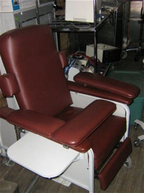 used recliner dialysis chair for sale dotmed listing