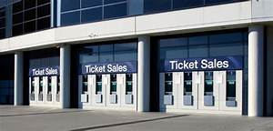 What does a Ticket Seller do? (with pictures)