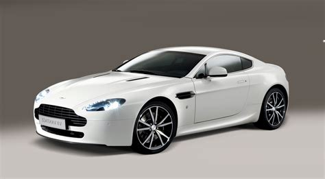 Aston Martin Vantage Hd Picture by Aston Martin Vantage 3 Hd Cars 4k Wallpapers Images