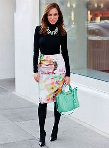 Best 25+ Floral skirt outfits ideas on Pinterest | Spring skirts outfits Wedding guest midi ...