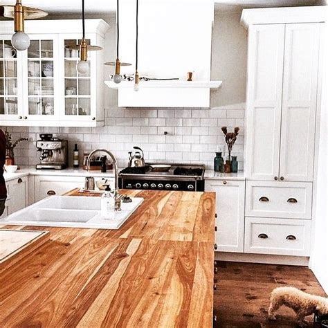 cuisine marilou 1000 ideas about armoire atelier on kitchen