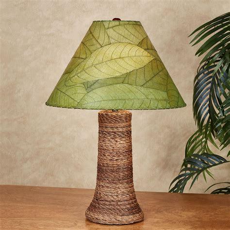 Loja Green Cocoa Leaf Tropical Table Lamp