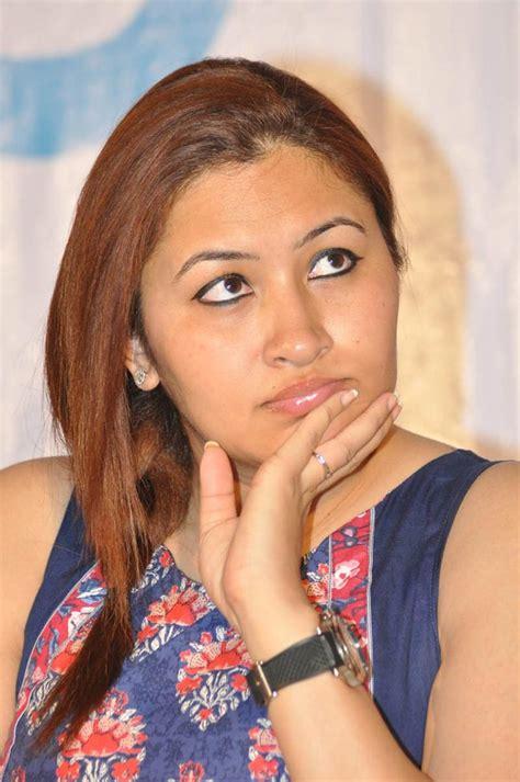 Jwala Gutta Stills At 3G love Platinum function ~ Cine wallet