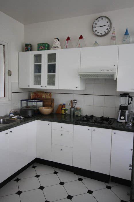 decoration cuisine noir et blanc deco photo cuisine et maison contemporaine bois noir et
