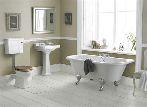 richmond  level bathroom suite    wall bath