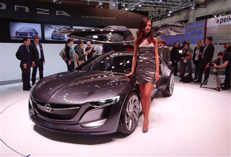 Opel Monza Concept Live Photos