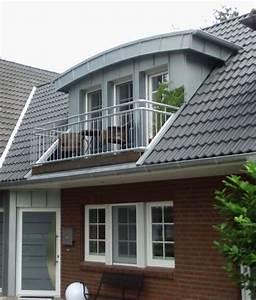 Dachgaube Mit Balkon Kosten : dachgauben und fertiggauben von roof master ~ Lizthompson.info Haus und Dekorationen