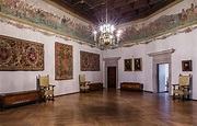 Sigismund II Augustus's Armorial Tapestry from Vilnius ...