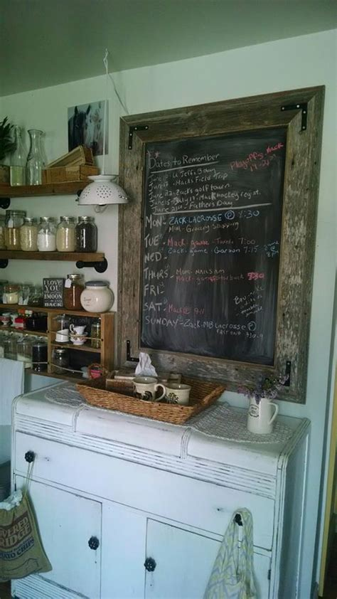 pallets kitchen wall shelves  chalkboard pallet ideas