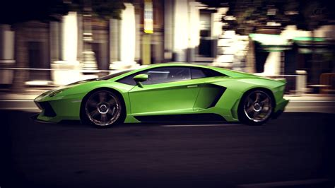 Lamborghini Aventador Game Race Wallpaper